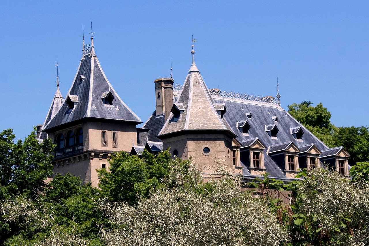 Castle Towers Go%c%uch%c%bw Palace  - _Alicja_ / Pixabay
